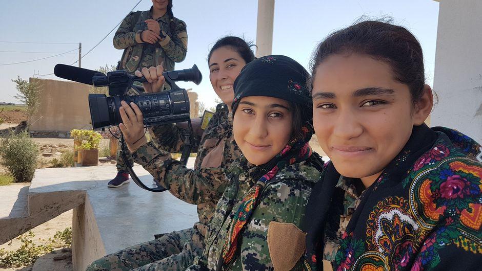 Una rivoluzione femminile, non violenta e internazionale