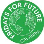 """Fridays For Future Calabria: """"Le Ecomafie fanno affari con l'attuale sistema di smaltimento rifiuti. Stop alla costruzione di nuove discariche"""""""