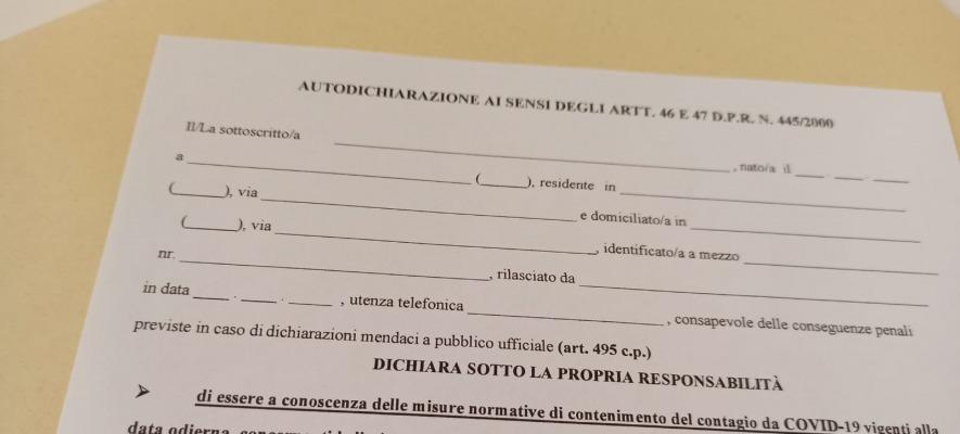 Autocertificazione, il nuovo modulo per spostarsi tra Campania, Lazio e Lombardia