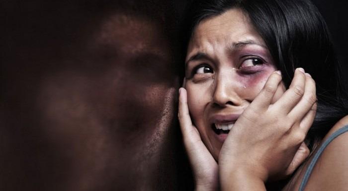Corigliano Rossano, donna sfugge a violenze del marito grazie alla figlia