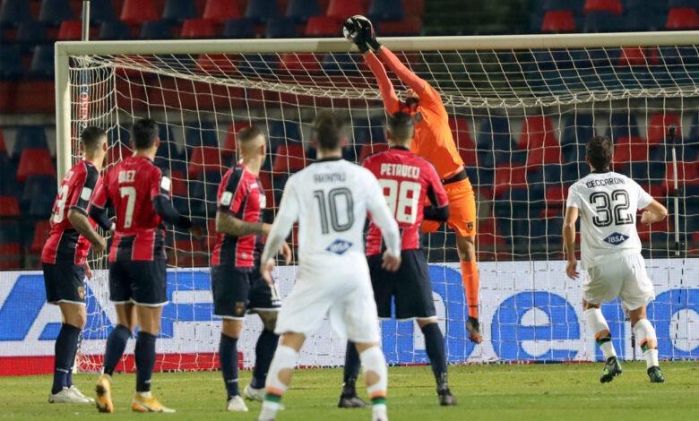 Serie B: Pescara Cosenza 0-0, le pagelle di Luca Aiello