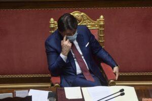 La sfida tra Conte e Renzi continua, cosa succederà adesso?