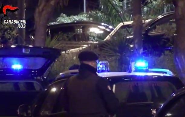 """Calabria, operazione """"Chirone"""": le mani della 'Ndrangheta sull'Asp di Reggio, 14 arresti"""