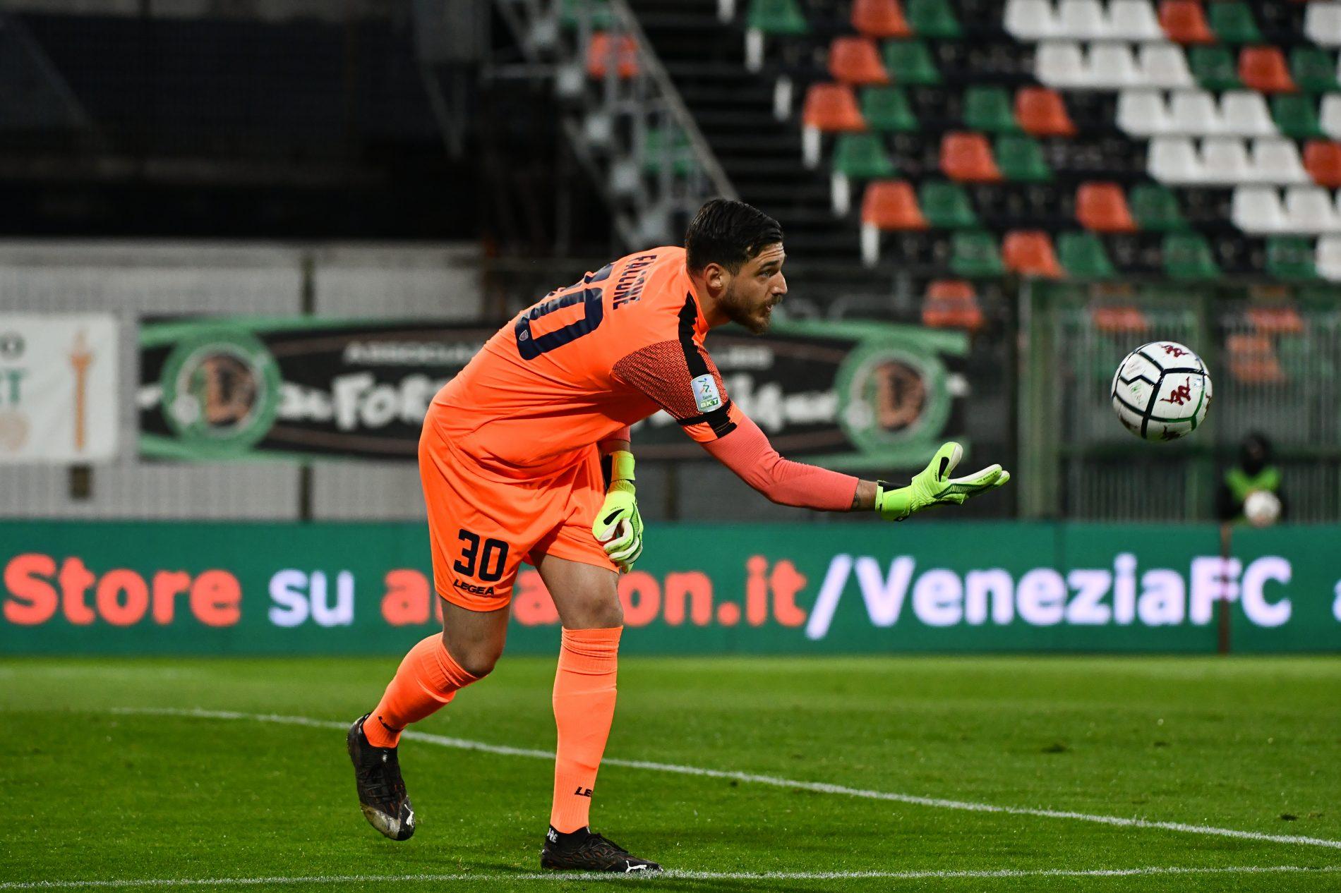 Venezia - Cosenza 3-0 Le pagelle di Luca Aiello