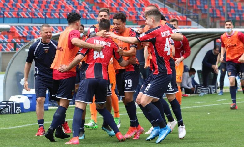 Cosenza - Pescara 3-0 Rimane una fiammella di speranza