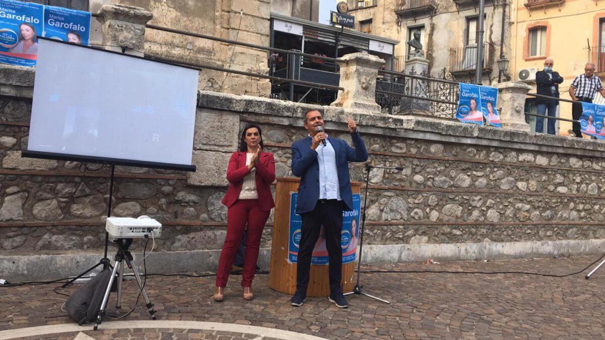Calabria: De Magistris e Marisa Garofalo a Petilia Policastro nel ricordo di Lea e di tutte le vittime della Ndrangheta